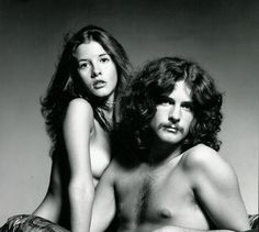 Stevie Nicks and Lindsey Buckingham The album was simply called Buckingham Nicks.before Fleetwood Mac. This was the cover. Great, but over looked record. Stevie Nicks Lindsey Buckingham, Buckingham Nicks, Recital, Frozen Love, Books Everyone Should Read, Stevie Nicks Fleetwood Mac, Stevie Nicks 70s, Stevie Ray, Hippie Man