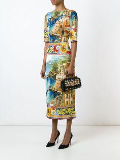 3cf4c165e3fdb Dolce   Gabbana Vestido Con Estampado Carretto Siciliano. Vestido con
