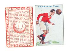 FOOTBALL PICTURE CARD 28 ISSUED BY  DC THOMPSON SHOWING SWINDON TOWN c1934 ie.picclick.com