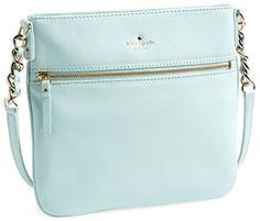 Pretty Crossbody Bag http://rstyle.me/n/exfk5r9te