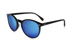 Occhiali da sole polarizzati:  FLASH / BLACK SKY di Slash Sunglasses  http://www.slashsunglasses.com/shop/flash/occhiali-da-sole-polarizzati-slash-selfie-nero-sky.html