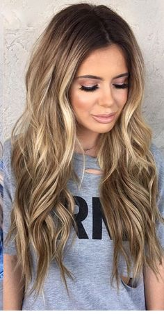 Lips, lashes, hair Bronde Bayalage, Long Bronde Hair, Hair Color Balayage, Haircolor, Balayage Blond, Hair Highlights, Brown Hair Brown Eyes Girl, Vibrant Hair Colors, New Hair Colors