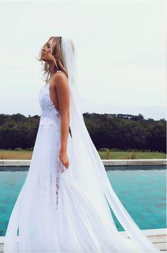 El vestido de los dos millones y medio de 'pins' en Pinterest. El vestido en cuestión es de la marca australiana Grace Loves Lace, y se ha coronado como el más pinneado de la red social. El modelo se llama Hollie 2.0, cuesta 2.200$ y aún está disponible en la tienda online de la marca.