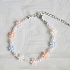 Bracelet Crafts, Jewelry Crafts, Jewelry Tree, Flower Bracelet, Jewelry Ideas, Pulseras Kandi, Handmade Bracelets, Beaded Bracelets, Beaded Rings