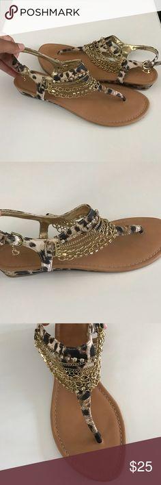 217a618ef663e Thalia Sodi Sandal Never Worn! Thalia Sodi Leopard Print Sandal with Gold  Chains Gold Heart Dangle on Buckle Size Womens Thalia Sodi Shoes Sandals
