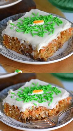 Carrot Cake Bars with Cream Cheese Frosting These carrot cake bars with cream cheese frosting are as easy as and disappear so fast! The incredible taste of your favorite carrot cake, but in bar form! // Mom On Timeout cake bake Carrot Recipes, Cake Recipes, Dessert Recipes, Blueberry Recipes, Frosting Recipes, Easter Recipes, Just Desserts, Delicious Desserts, Yummy Food