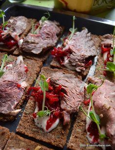 Roast beef cu crema de hrean si sfecla rosie Savori Urbane (5)