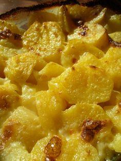 Potato Dishes, Potato Recipes, Meat Recipes, Pizza Snacks, Hungarian Recipes, Food 52, Macaroni And Cheese, Side Dishes, Dessert Recipes