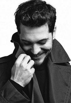 Guapisimo cagatay.❤❤ Turkish Men, Turkish Beauty, Turkish Actors, The Americans Tv Show, Feriha Y Emir, Celebrity Singers, Artists And Models, Man Photo, Good Looking Men