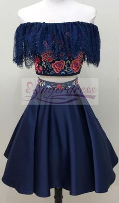 two piece short homecoming dresses 2018 homecoming dresses navy blue homecoming dresses with floral embroidery party dresses Dama Dresses, Quince Dresses, Hoco Dresses, Event Dresses, Formal Evening Dresses, Pretty Dresses, Quinceanera Dresses, Navy Blue Homecoming Dress, Mexican Dresses
