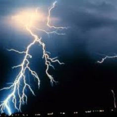Thunder burst in Tulsa! Everyone thought it was an earthquake!!'