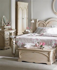 French bedroom - http://ideasforho.me/french-bedroom/ - #home decor #design…
