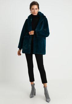Derhy BACKGAMMON VESTE - Wintermantel - bleu/petrole - Zalando.de Fur Jacket, Winter Jackets, Normcore, Style, Fashion, Jacket, Blue, Winter Coat, Winter Coats