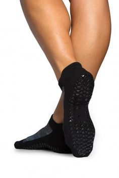 Pointe Studio Jayne Grip Sock in Oatmeal Navy