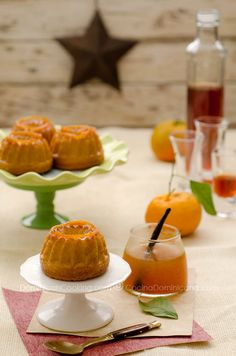 Mandarine-infused cakes