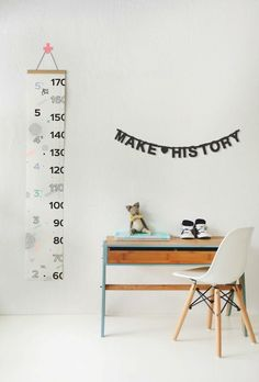 The Best of Kids Play Spaces - The Effortless Chic Kids Play Spaces, Deco Kids, Height Chart, Kids Study, Study Areas, Study Space, Kid Desk, Kids Corner, Fashion Room