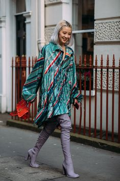 Forget About the Shows — London Fashion Week Was All About the Street Style 90s Fashion, Love Fashion, Korean Fashion, Autumn Fashion, Fashion Looks, Fashion Outfits, Fashion Trends, London Fashion, French Fashion
