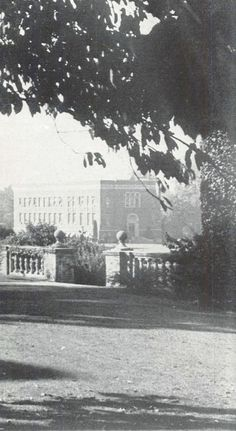 View of campus in 1936.  From the 1937 Oregana (University of Oregon yearbook).  www.CampusAttic.com
