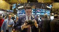 Wall Street fica em alta com dados satisfatórios para o Federal Reserve - http://po.st/tJJDd2  #Bolsa-de-Valores - #NYSE, #Petróleo, #Wall-Street