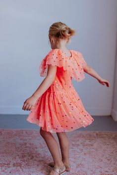 the cutest girls party dress perfect for upcoming summer events! Girls dresses that are stylish and comfy. Twirl your way into your next birthday or event with this fun must have dress for girls Polka Dot Party Dresses, Girls Party Dress, Girls Dresses, Family Photo Outfits, Girl Outfits, Fashion Outfits, Party Outfits, Toddler Fashion, Kids Fashion