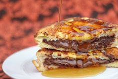 Nutella-Stuffed French Toast |Yes, worth a try!