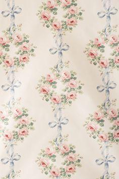violets room curtains