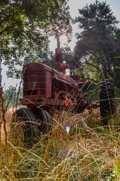Tractor by Richard Dollison, via 500px