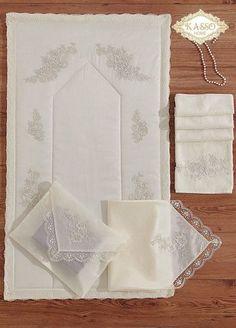 This Pin was discovered by İsm Towel Embroidery, Embroidery Kits, Embroidery Stitches, Embroidery Designs, Muslim Prayer Mat, Islamic Prayer, Flower Vase Design, Ramadan Decoration, Ramadan Gifts