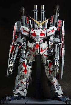 PG 1/60 Unicorn Gundam + Full Armor Part Set + LED Set - Customized Build    PG 1/60 RX-0 Unicorn Gundam (Release Date: Dec 11th 2014, Pri...