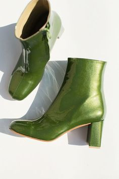 Maryan Nassir Zadeh - Olive Sparkle Agnes Boot | BONA DRAG