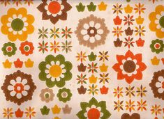 Vintage 1970s Wallpaper  Fab funky 70s flowers by Pommedejour, $14.00