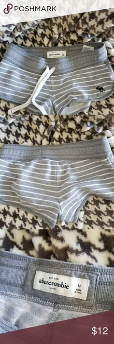 Abercrombie girls shorts Girls med 10-12  Abercrombie kids shorts Abercombie Kids Other