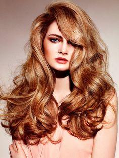 Messy-chic Voluminous Curls