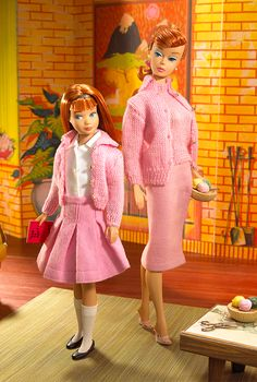 'Knitting Pretty' Barbie and Skipper Giftset, 2007