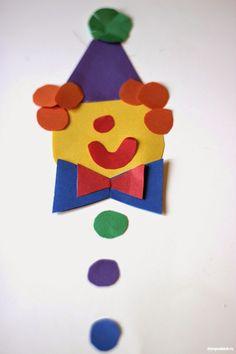 Clown aus Klopapierrollen selber basteln   DekoKing Clowns, Kids Logo, Crafts For Kids, Christmas Ornaments, Holiday Decor, Craft Ideas, Recycled Toys, Paper Crafts For Kids, Photo Galleries