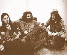 Mountain Girl, Jerry Garcia and Neil Young in Photo by Jim Marshall. Grateful Dead, Neil Young, Mountain Girl, Jim Marshall, Mickey Hart, Bob Weir, Dead And Company, Hippie Man, Portraits