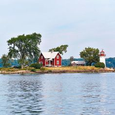 Crossover Island, NY, and Lighthouse included in the National Register of Historic Places. Spectacular waterfront homes, a steal for $500,000.