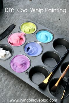 "DIY Cool Whip Painting - another ""cool"" way to use food as paint!  This is kitchen AND art creative! #sleeviesavers"
