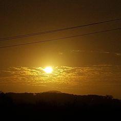 Cielo bonito de enero... #Atardecer #Sunset #CazandoAtardeceres #Sun by julianalondonob