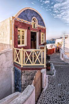 Meteora Cafe, Oia, Santorini, Greece