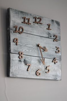 Pallet Wood Wall Clock Art Industrial Style Vintage Rustic Retro