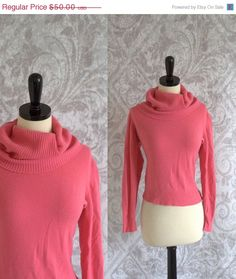 1960s Salmon Pink Turtle Neck Cashmere Sweater $40.00