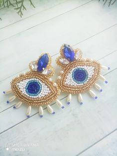 Evil eye earrings Beaded eye earrings with pearl crystal Blue eye earrings Trendy Earrings Fashion Jewelry Luxurious beaded earrings in the shape of an eye with crystal and pearls. For your bright look! Beaded Brooch, Beaded Earrings, Beaded Jewelry, Crystal Earrings, Evil Eye Earrings, Evil Eye Jewelry, Fashion Earrings, Fashion Jewelry, Women Jewelry