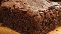 Chocolate Fudgy Brownies - Easy Meals with Video Recipes by Chef Joel Mielle - Homemade Brownies, Fudgy Brownies, Easy Desserts, Dessert Recipes, Cream Cheese Brownies, Recipe 30, Chocolate Desserts, Chocolate Cake, Baking Recipes