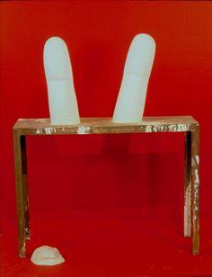 krzysztof m. bednarski, victoria victoria-uszy królika, 1996, gips, stół metalowy