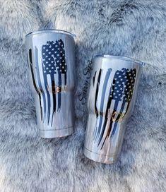 Vinyl Tumblers, Custom Tumblers, Personalized Tumblers, Tumblr Cup, Glitter Cups, Glitter Tumblers, Girls Tumbler, American Flag Wood, Thin Blue Line Flag