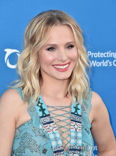 Kristen Bell Photos - Actress Kristen Bell attends the 'Concert For Our Oceans' hosted by Seth MacFarlane benefitting Oceana at The Wallis Annenberg Center for the Performing Arts on September 28, 2015 in Beverly Hills, California. - A Concert For Our Oceans