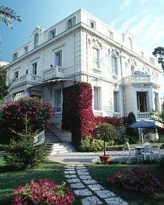Hotel Aiglon Menton (French Riviera - Cote d'Azur)