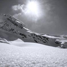 Le #paradis sur terre... Heaven on earth...  : @laubcn_ #ski #skiing #snow #snowboard #snowboarding #winter #hiver #neige #nieve #photooftheday #picoftheday #igers #france #igersfrance #savoiemontblanc #valdisere