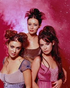 Charmed. Alyssa Milano. Holly Marie Combs. SHannon Doherty.